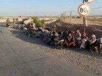 Taliban'dan kaçan Afgan askerleri Tacikistan'a sığındı!
