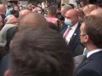 Fransa Cumhurbaşkanına tapınak ziyareti sırasında ''Macron, sen bir ateistsin'' tepkisi