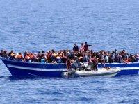 Açık denizde açlıktan öldüler