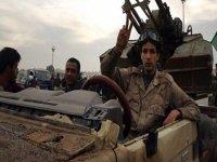 Libya Ordusu Hafter'in merkez üssüne girdi