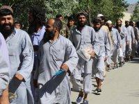 Afganistan'da 900 Taliban savaşçı serbest bırakıldı