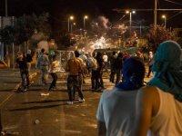 Filistinli gençler sokaklara indi