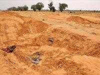 Libya'da toplu mezarlardan 208 ceset çıkarıldı