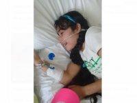 Kanser hastası Suriyeli Nur anne özlemiyle göz yaşı döküyor (Video Haber)