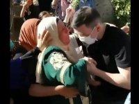 Özgürlüğüne kavuştu annesinin ayaklarını öptü (Video haber)