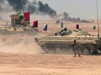 Mısır ordusu Libya sınırında tatbikat yaptı