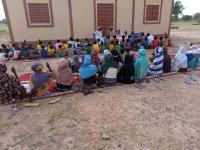 Batı Afrika ülkesi Burkina Faso'da 60 kişi Müslüman oldu (Video Haber)