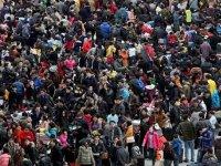 Çin Devlet Başkanı: Doğu Türkistan'da kök salmalıyız!