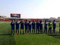 İdlib'te Katliam Şam'da Kadın Futbol Turnuvası