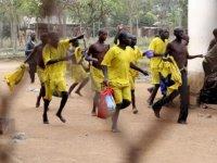 Cezaevinde isyan: 3 ölü, yüzlerce mahkum firar
