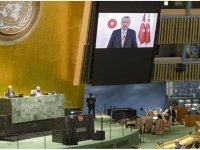 İsrail Büyükelçisi Erdoğan konuşurken salondan çıktı.