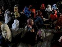 Arakanlı kadınlar ailelerine kavuşmak için açlık grevinde