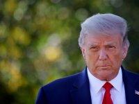 Trump koronavirüs nedeniyle hastaneye yatırıldı