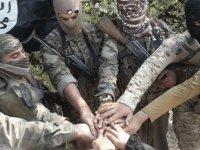 DEAŞ militanları kendisini patlatarak intihar etti