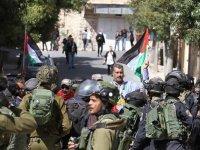 İşgal güçleri El-Halil'de yahudi yerleşimciliğini protesto eylemine saldırdı