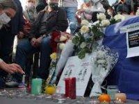 Türkiye Paris'te öldürülen öğretmen için taziye mesajı yayınladı