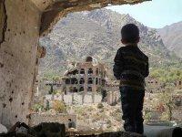 Yemen'de yetersiz beslenme nedeniyle 100 bin çocuk hayatını kaybedebilir