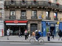 Fransa koronavirüsten son 6 ayın en yüksek kaybını verdi: 523 kişi öldü