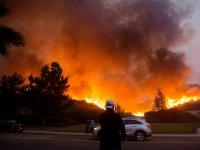 California'da yangın kontrol edilemiyor: 100 binden fazla kişi tahliye ediliyor