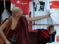 Dünyanın en büyük soykırımının yaşandığı Myanmar'da seçime gidiliyor