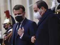 Emmanuel Macron: Mısır'a insan hakkı ihlallerine rağmen silah satacağız