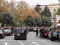 Erdoğan'a Azerbaycan'da sevgi seli: Eşk olsun sloganları ile karşılandı