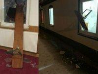 Yeni yılın ilk günü Almanya'da İslam karşıtı saldırı: Caminin camlarını kırdılar
