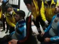 İzmir'de ırkçı saldırı: Suriyeli mülteci ailenin evi basıldı (Video Haber)