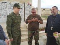 Rus işgal güçleri Suriye'de ölen askerleri için Hama'da anıt dikti