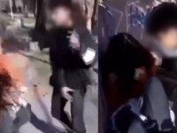 Ergen vandal sokak ortasında kız arkadaşını dövüp kameraya kaydettirdi (Video Haber)