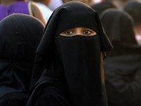 İsviçre, burka yasağı için referanduma gidecek