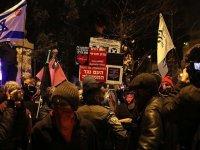 İsrail'de Netanyahu karşıtı gösterilere binlerce yahudi katıldı