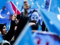 Çocuklar Uygurlara zulmeden Çin'i hayal etmesin!
