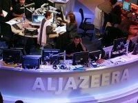 Gazze'de ofisi vurulan Al Jazeera: Barbarca bir eylem