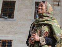 ABD'li şarkıcı Della Miles, İsrail mallarının boykot edilmesini önerdi
