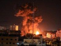 İşgalci İsrail Gazze'ye gece boyu saldırılar düzenledi