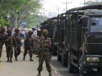 Myanmar'da en az 800 asker darbeci orduyu terk etti